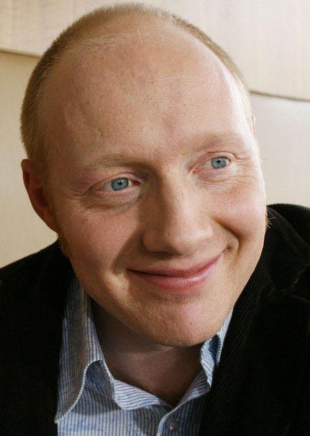 Simon Schwarz
