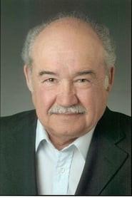 Everett Sifuentes
